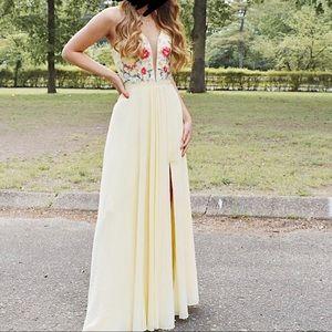 Prom dress: Faviana buttercreme size 0